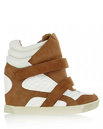 Mia Limited Edition Truffel Wedge Sneaker Tan