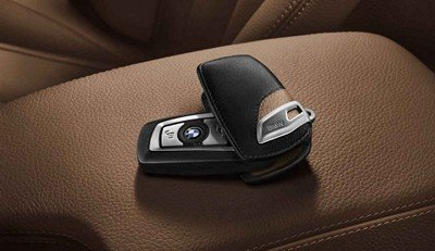 - BMW Genuine Protective Leather Lettering Key Case Black/Brown