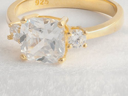 Diamond Cubic Zirconia (CZ) Engagement Ring - Replica Duchess Meghan Markle Ring - 925 Sterling Silver With Gold Plating - Available in Sizes L-S uvEjkHUmd