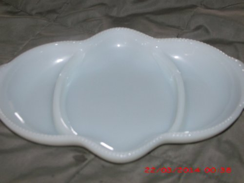 - Vintage Anchor Hocking FireKing Divided Milk Glass Dish (NO GOLD TRIM)