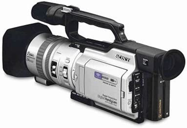 "B00004WZON Sony DCRVX2000 MiniDV Digital Camcorder with 2.5"" LCD, Memory Stick & BuiltIn Digital Still Mode (Discontinued by Manufacturer) 4124LM7vjXL."