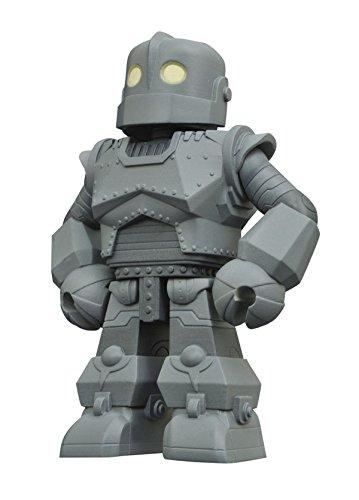 - Diamond Select Toys Iron Giant Vinimates Vinyl Figure