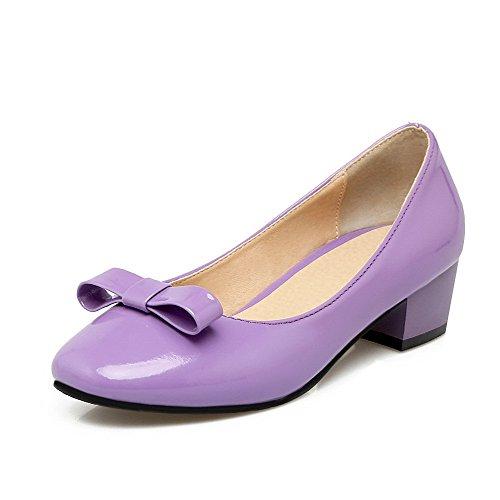 AllhqFashion Damen Ziehen auf Blend-Materialien Quadratisch Zehe Niedriger Absatz Rein Pumps Schuhe Lila