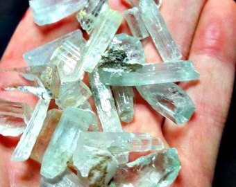1 Hand Picked Aquamarine Crystal mined in Shigar, Ideal for Wire Wrapping, Collection and Jewelry Making Gemstone Parcel.