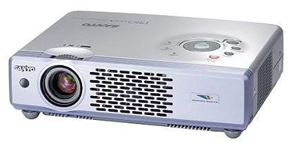 Sanyo PLC-XU47 XGA LCD Projector Video - Proyector (2000 lúmenes ...