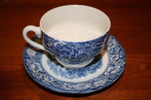 (Staffordshire Liberty Blue Teacup & Saucer (Set of 4))