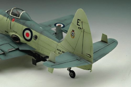 Trumpeter 01619 British Wyvern S.4 Aircraft 1//72 Scale Model Kit