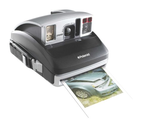 Amazon.com : Polaroid One600 Classic Instant Camera (OLD MODEL ...