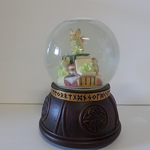 Pocket Dragons In the Library Water Globe 10401