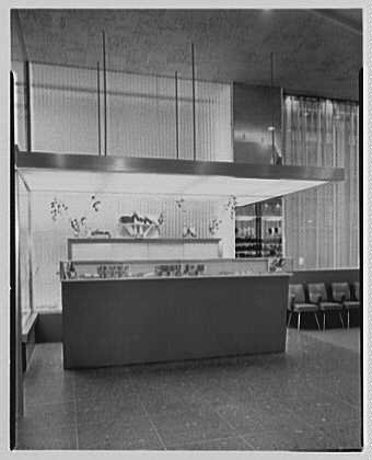 Photo: A.S. Beck,business at 410 5th Ave.,New York City. Cashier's - 5th York Ave New