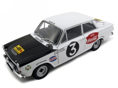Ford Cortina MK1 Rally 1964 #3 Huges/Young Diecast Car Model 1/18 Rally Safari Autoart
