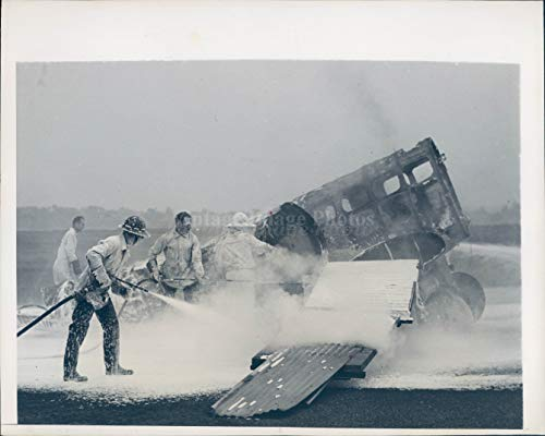 1943 Photo WW2 Era La Guardia Field Fire Flames NYC Asbestos US Corps ()