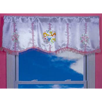 Amazon Com Disney Princesses Grand Beauty Room Darkening