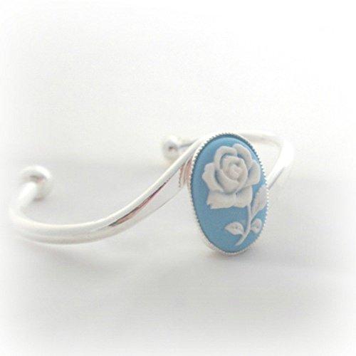 (Blue rose cameo cuff bracelet)