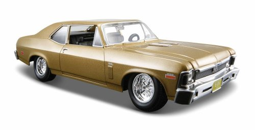 Maisto 1:24 Scale 1970 Chevrolet Nova SS Diecast Vehicle (Colors May - Nova Diecast Car