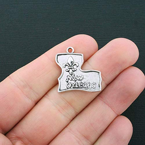 - 6 New Orleans Charms Antique Silver Tone Louisiana Charms Jewerly Making Supply Bracelet DIY Crafting by Easy to be happy!