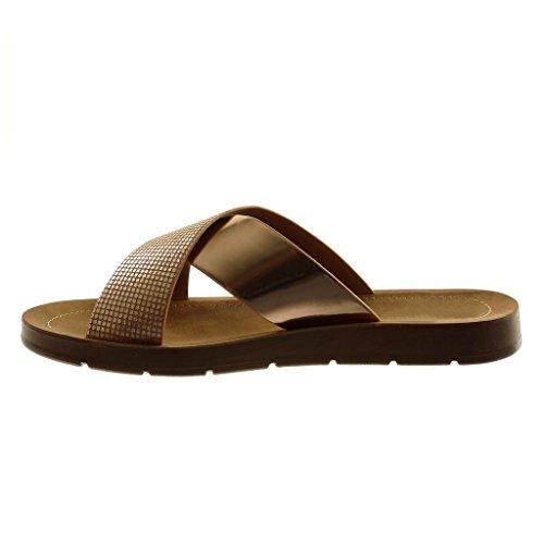 Angkorly Damen Schuhe Mule Sandalen - Slip-On - Step - Gekreuzte Riemen - Glänzende - Patent Flache Ferse 2 cm Champagner