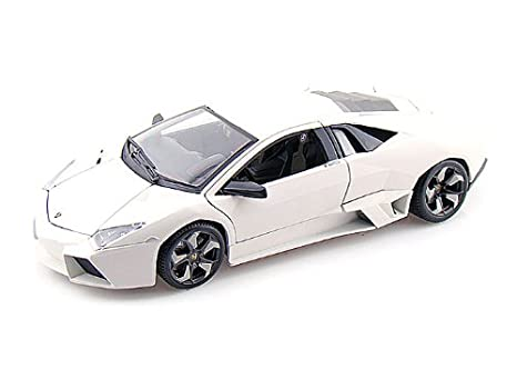 Amazon Com Lamborghini Reventon 1 18 White Toys Games