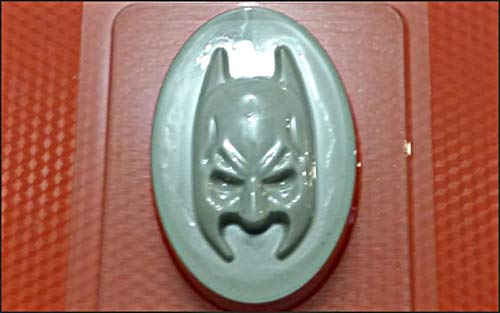 1pc Batman Mask Marvel Movie Plastic Soap Making Wax Chocolate Gypsum Cheese Cookies Gelatin Mold Casting Food Grade Mould 85x58x22mm ()