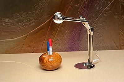 """MAN2MAX """"Contribute to Max"""" artistic design LED desk lamp"""