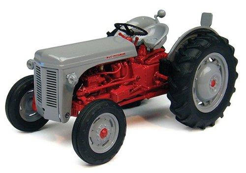 UNI4190 UNIVERSAL HOBBIES - Ferguson FF 30 DS Tractor -