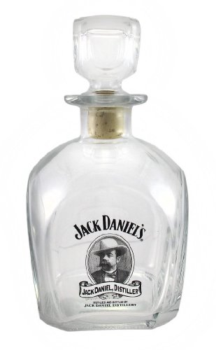 Jack Daniels Cameo Design Glass Whiskey Decanter