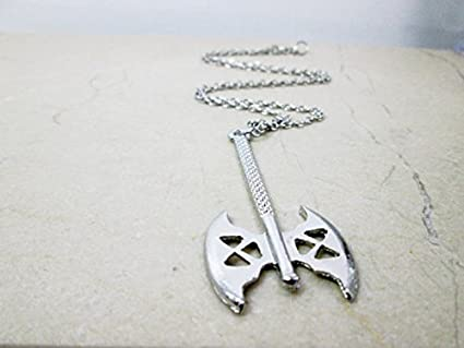 amazon com jewelry tycoon antique silver battle axe necklace dwarf