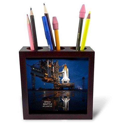 - 3dRose ph_76863_1 Astronauts and Rockets-Space Shuttle Atlantis-Tile Pen Holder, 5-Inch