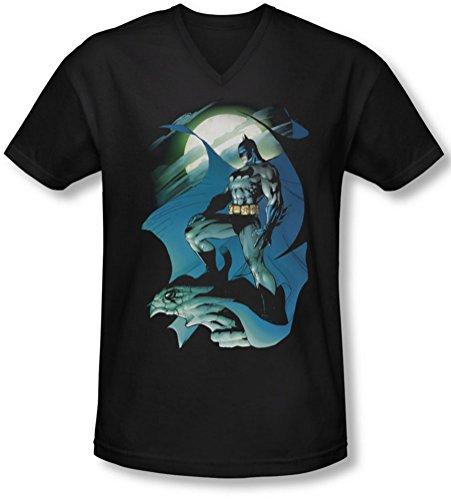 Batman - Glow Of The Moon V-Neck T-Shirt Size XL ()