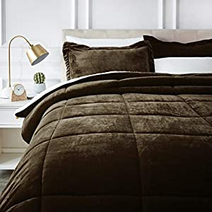 AmazonBasics Micromink Sherpa Comforter Set - Ultra-Soft, Fray-Resistant -  Full/Queen, Chocolate