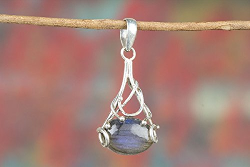 Labradorite Pendant, 925 Sterling Silver, Long Pendant, Healing Pendant, Blue Flash Pendant, statement Pendant, Boho Pendant, Bezel Set Pendant, Drop Pendant, Genuine Pendant, Gift For Mother
