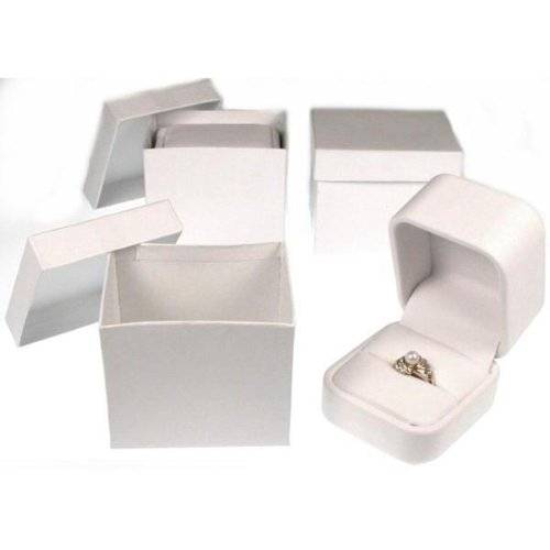 (White Leather Ring Display Jewelry Showcase Gift Box)
