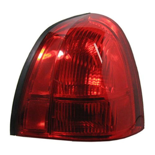 lincoln-lincoln-town-car-rear-light-right-passenger-side-2003-2008
