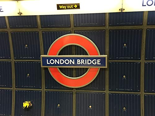 Home Comforts Canvas Print England Station Underground London Bridge London Vivid Imagery Stretched Canvas 32 x 24 (Best London Underground Stations)