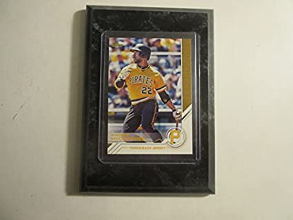 new products 958b3 c5865 Amazon.com: Andrew McCutchen Pittsburgh Pirates Topps 2017 ...