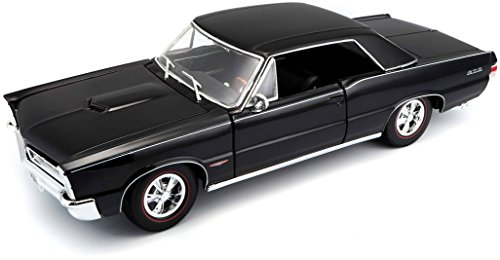 Maisto 1:18 Scale 1965 Pontiac GTO (Hurst Edition) Diecast Vehicle (Colors May Vary)