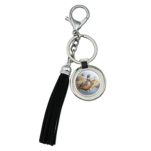 (Pheasants in The Snowy Farm Field Chrome Plated Metal Round Leather Tassel Keychain)