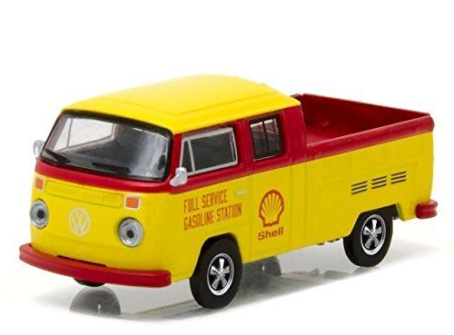 Greenlight 1:64 Club V-Dub Series 4 1976 Volkswagen T2 Type 2 Crew Cab Pickup Shell Oil Diecast ()