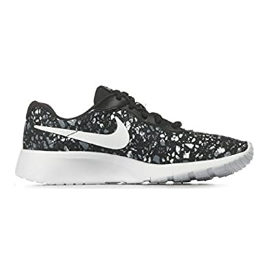 935154ae159 Image Unavailable. Image not available for. Color  NIKE Tanjun Print Big  Kids ...