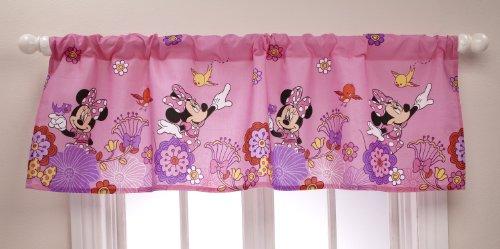 (Disney Pooh Window Valance Delightful Day)