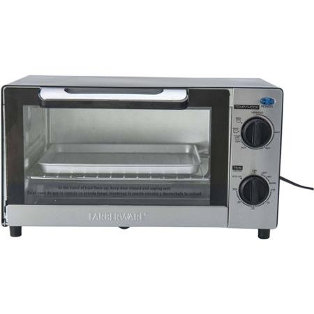 4 Slice Toaster Oven by Farberware