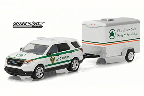 Greenlight 2015 Ford Explorer NYC Parks and Recreation w/ Trailer, 32070D - 1/64 Scale Diecast Model Toy Car