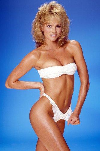 Janet jones nude pics