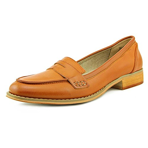 Wanted Shoes Women's Charlie Classic Loafer with Kiltie Fringe Detail, (Tan, 8.5 US)
