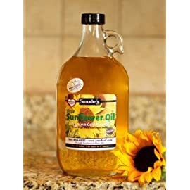 Half Gallon Cold Pressed High Oleic Sunflower Oil 5 <p>Smude's brand sunflower oil has a light buttery nutty flavor. Great for popcorn, fish, eggs and chicken. Also used for oil pulling and as a base oil for massage therapists. Cold Pressed at 85 degrees Great for Oil Pulling Heart Healthy High Oleic High in Vitamin E</p>