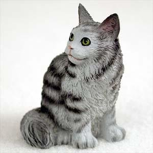 (Maine Coon, Silver Tabby Tiny Ones Cat Figurines (2 in))