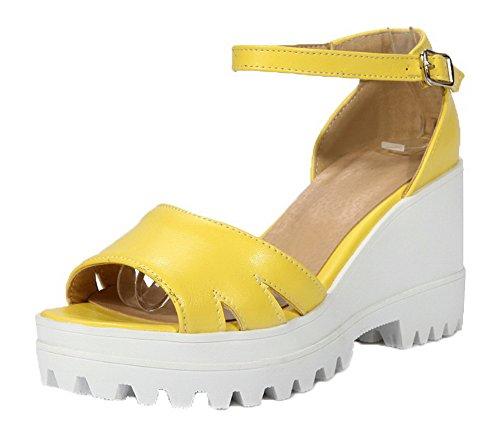 VogueZone009 Women Open-Toe Buckle High-Heels PU Solid Sandals Yellow