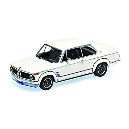 BMW 2002 TURBO 1973 WHITE Scale 1:18 MINICHAMPS 155026200 Moelcar