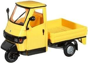Italeri 69003 PIAGGIO APE - Motocarro a escala en color amarillo