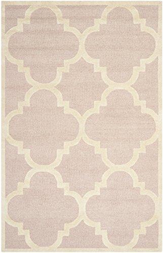 Safavieh Cambridge Collection CAM140M Handmade Moroccan Geometric Light Pink and Ivory Premium Wool Area Rug (5′ x 8′)